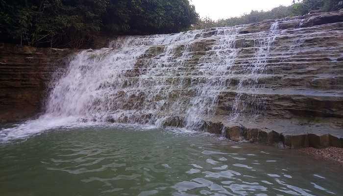 Air Terjun Di Purwodadi Grobogan