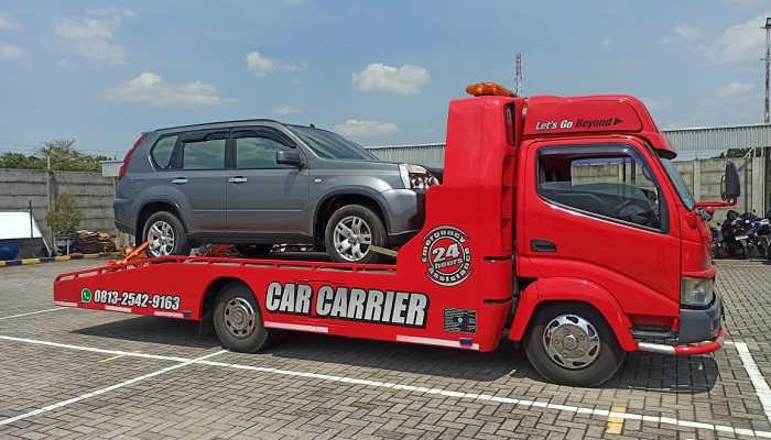 Jasa Mobil Derek Towing Car Salatiga